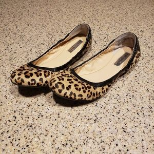 Halogen SZ 6.5 Leather And Fur Flats